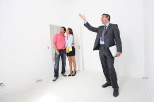 Ile zarabia agent nieruchomości
