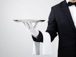 Czym zajmuje się kelner