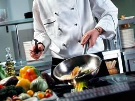 Ile zarabia kucharz