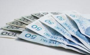 Czy średnie wynagrodzenie jest mitem, czyli ile tak naprawdę zarabiają Polacy?