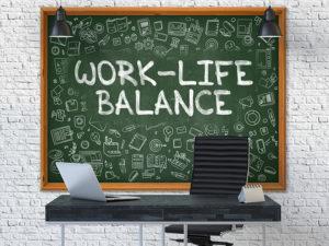 Jak wprowadzić zasadę work–life balance do swojego życia?