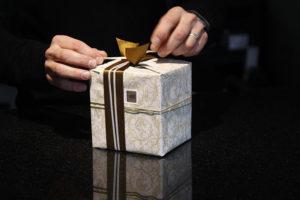 Sprawdzone pomysły na prezent dla szefa