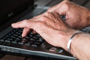 Zastanawiasz się, jak zarobić dodatkowe pieniądze na emeryturze? To proste!