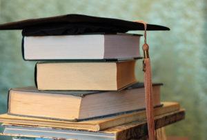 Studia magisterskie: czy warto studiować kolejne dwa lata?