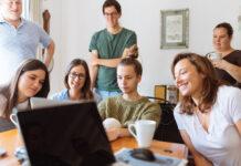 Kształcenie zawodowe, a system dualny. Odkryj nowoczesny model edukacji